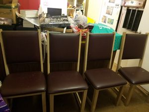 4 kitchen table chairs for Sale in Oklahoma City, OK