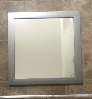 Wall mirror for Sale in Warren, MI