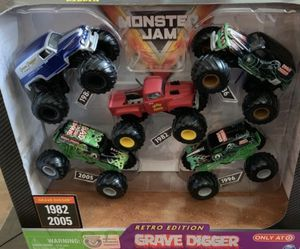 Grave digger monster jam 5pack for Sale in Los Angeles, CA