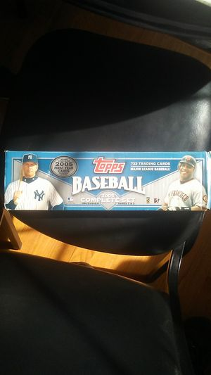 Baseball, Topps Baseball 2005 Complete Set, includes Series 1&2. 733 Trading Cards, Major League Baseball for Sale in Hartford, CT