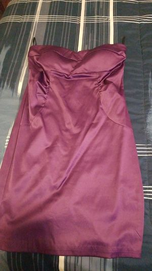 Purple dress size medium wore once for Sale in Philadelphia, PA
