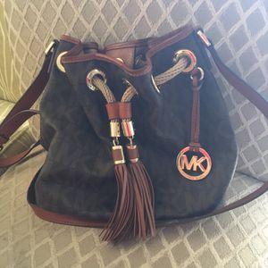Mk crossbody purse for Sale in Phoenix, AZ
