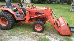 Kubota tractor B7800 for Sale in Altamonte Springs, FL