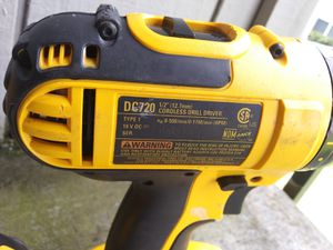 40 excellent condition dewault power drill 40 excellent condition no battery for Sale in Tacoma, WA