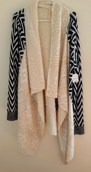 CARDIGAN LADIES SWEATER / SIZE 16/18 / BRAND NEW for Sale in Surprise, AZ