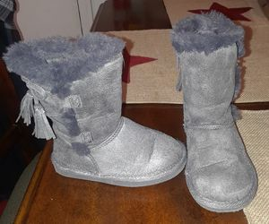 Toddler girls size 7 dress boots for Sale in Walnutport, PA