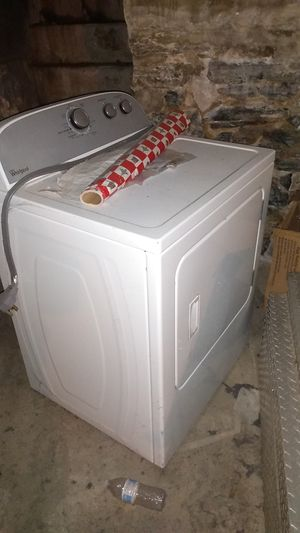 Whirlpool kenmore front loader electric used once got brand new better ones!!! Works great! P/u or we will deliver for a fee! for Sale in New Cumberland, PA