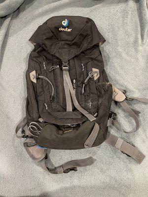 Deuter hiking backpack daypack for Sale in Laguna Hills, CA