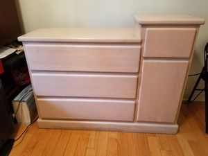 Baby Changing Table for Sale in Fort Lee, NJ