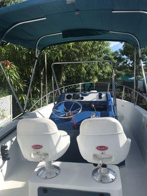 Bayliner 18.7 ft boat for Sale in Miami, FL