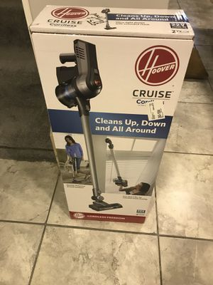 Hoover cordless vacuum for Sale in Macomb, MI