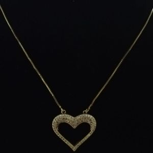 Gold Plated Heart Chain Ideal For Valentine for Sale in Lake Elsinore, CA