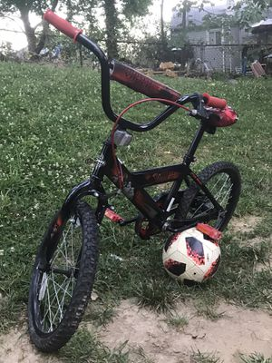 "Star Wars Boy bike 18"" for Sale in Silver Spring, MD"