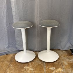 Grey Desk Chairs for Sale in Los Angeles,  CA