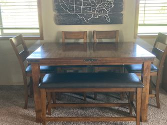 Farmhouse Table With Chairs And Bench for Sale in Oregon City,  OR
