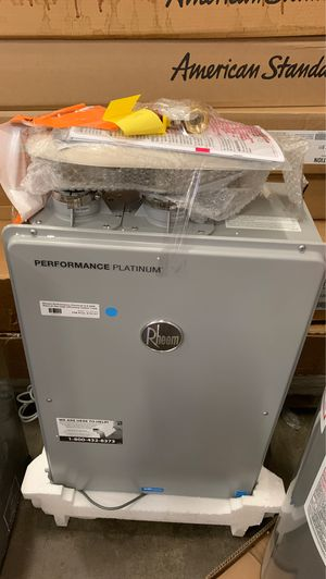 Rheem performance natural gas water heater for Sale in Phoenix, AZ