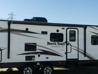 2018 heart land 2018 nothtrail heartland 26dbss 32 foot for Sale in Long Beach,  CA