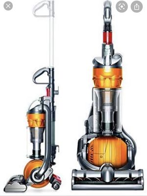 Vacuum cleaner dyson dc 24 for Sale in Winter Park, FL