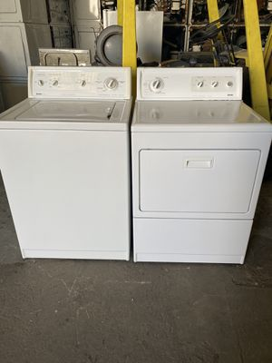 Set washer and dryer kenmore the dryer is gas good condition 90 days warranty for Sale in San Leandro, CA