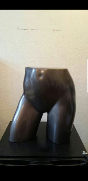 Lower Body Female Mannequin for Sale in Chula Vista, CA