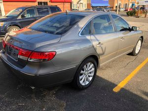 2009 Hyundai Azera gls limited edition.140k 4600 or best offer for Sale in Ansonia, CT