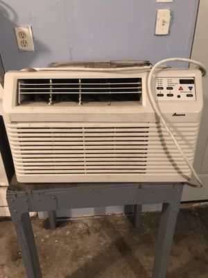 Amana through the wall Air Conditioner and Heater for Sale in Stockton, CA