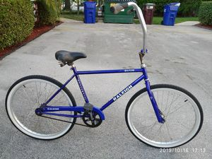 26 inches Raleigh Boardwalk bicycle. for Sale in Pompano Beach, FL