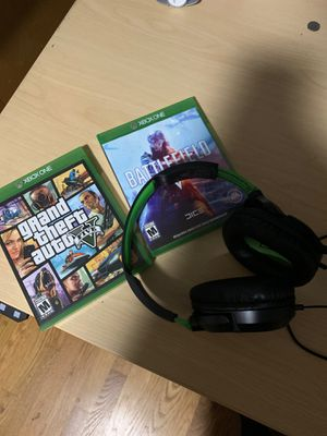 Turtle beach Recon headphones with two games for Sale in El Cajon, CA