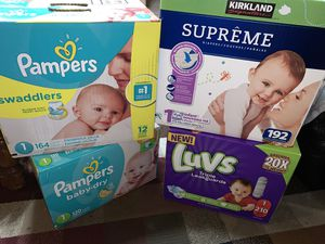 size 1 diapers for Sale in Fresno, CA