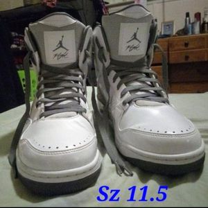 MAKE ME A OFFER-White/Grey Jordan sz 11.5. Gently worn. Look almost brand new. No box. for Sale in Glen Burnie, MD