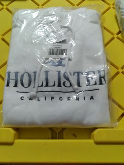 Hollister Sweaters for Sale in Lake Elsinore,  CA