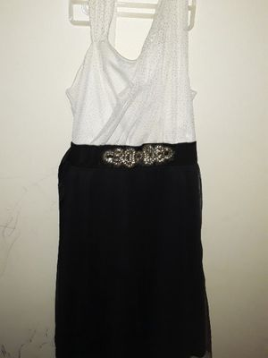 Beautiful size12 black n white dress for girls great conditions for Sale in Camden, NJ