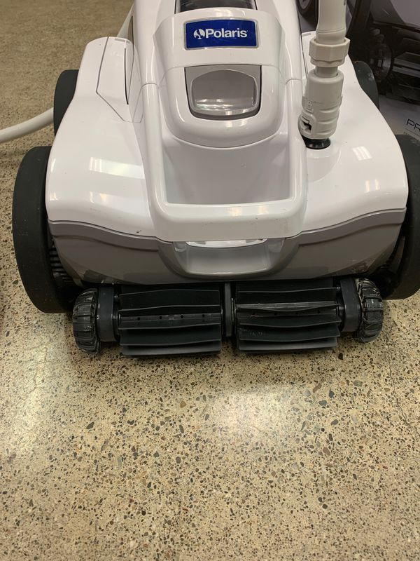 Polaris Quatro Pressure Pool Cleaning Vacuum