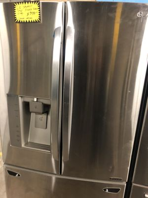 Lg stainless steel French doors fridge in perfect condition with 4 months warranty for Sale in Baltimore, MD