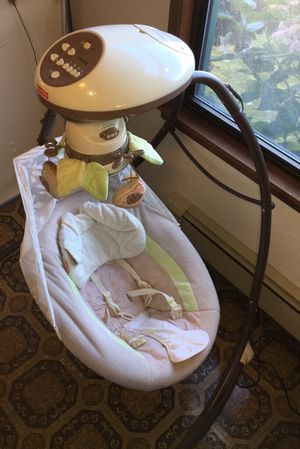 Fisher Price Baby Swing Snug-a-Bunny for Sale in Everett, WA