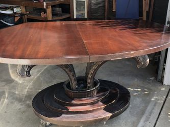Antique Table and 6 Chairs for Sale in San Marcos,  CA