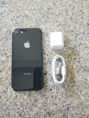 UNLOCKED IPHONE 8 64GB BLACK, (THIS IS NOT THE PLUS) PERFECT CONDITIONS !!! PRICE IS FIRM !!! for Sale in Fort Lauderdale, FL