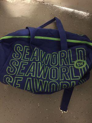 Sea world authentic original logo blue green duffle for Sale in Silverado, CA