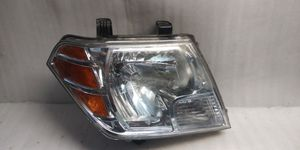 2009 2013 Nissan Frontier headlight for Sale in Compton, CA