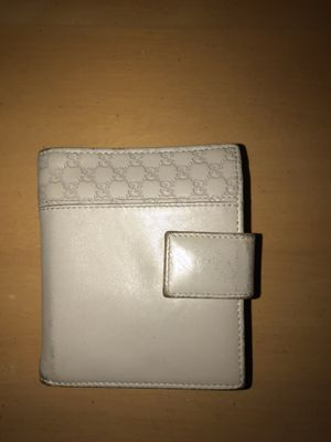 Gucci pocket wallet for Sale in Portland, OR