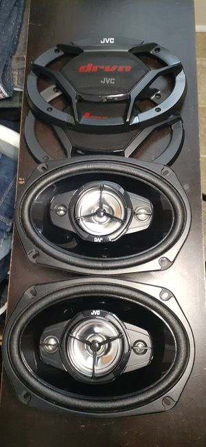 JVC SPEAKERS 550 WATTS SET OF 2 SHIPPING AVAILABLE WITH OFFERUP for Sale in Lancaster, PA