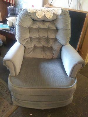 Blue swivel rocker chair for Sale in Pinellas Park, FL