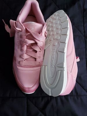 Womens Shoes, sneakers... Reebok pink shoes for Sale in Renton, WA