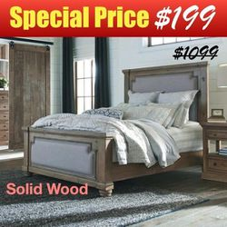 Rustic Smoke Queen Panel Bed with Vintage Grey Fabric Upholstery and Solid Pine Wood for Sale in El Monte,  CA