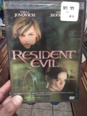 Resident Evil Deluxe Edition DVD for Sale in The Bronx, NY