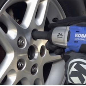 Brand new Kobalt 24-volt max 1/2-in cordless impact wrench comes with a 24-volt max high-capacity Li-ion battery, charger and soft bag for Sale in Tacoma, WA