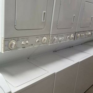 Stackable Washer And Dryer for Sale in Hawaiian Gardens, CA