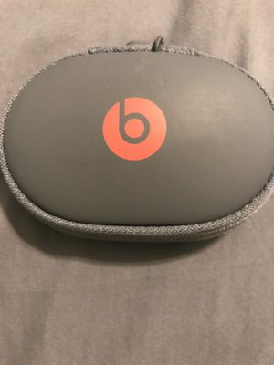 USED- Powerbeats 3 for Sale in Cleveland, OH