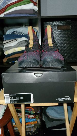 Lebron Cavs colorway for sale!!! Size 13 for Sale in Saint Paul, MN