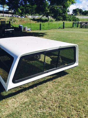 SNUGTOP TRUCK CAMPER SHELL for Sale in Waialua, HI